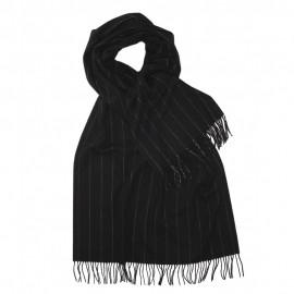 Großer schwartzer Schal mit dünnen Streifen