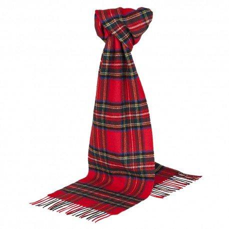 Rotes Tuch mit Schottenkaro