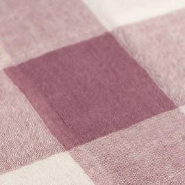 Kariertes rosa-weißes Tuch aus Wolle